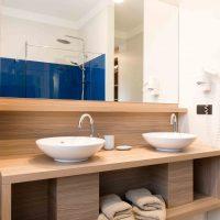 Hotel Boomgaard bathroom